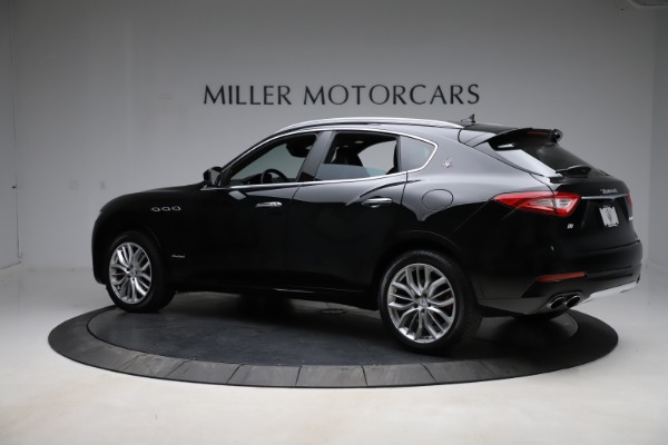 Used 2018 Maserati Levante Q4 GranSport for sale $53,900 at Alfa Romeo of Greenwich in Greenwich CT 06830 5