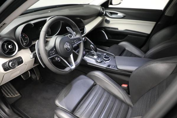 Used 2018 Alfa Romeo Giulia Ti Sport Q4 for sale $34,900 at Alfa Romeo of Greenwich in Greenwich CT 06830 12
