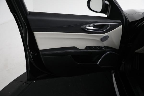Used 2018 Alfa Romeo Giulia Ti Sport Q4 for sale $34,900 at Alfa Romeo of Greenwich in Greenwich CT 06830 15