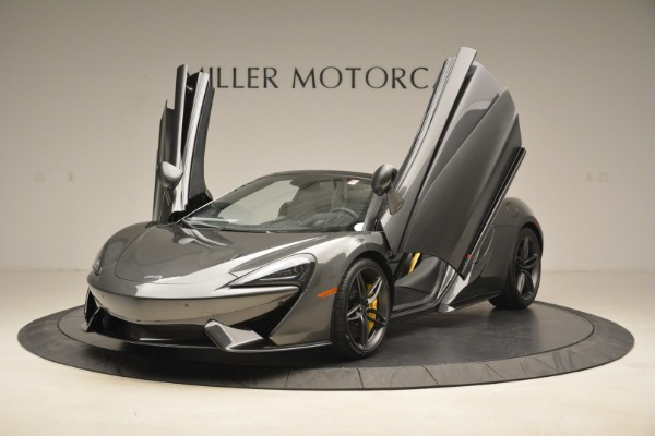 New 2018 McLaren 570S Spider for sale Sold at Alfa Romeo of Greenwich in Greenwich CT 06830 14