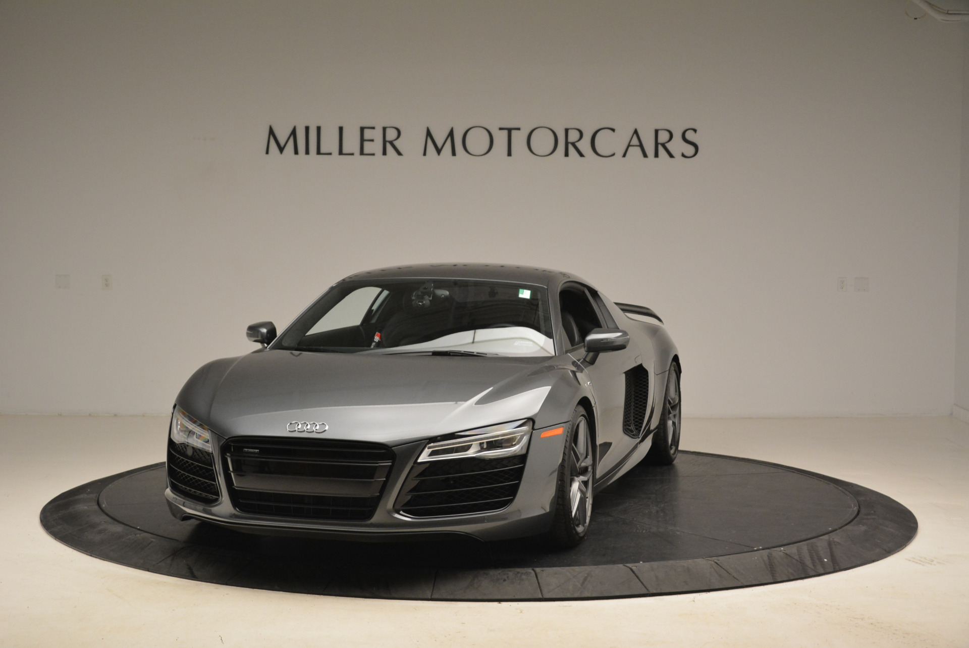 Used 2014 Audi R8 5.2 quattro for sale Sold at Alfa Romeo of Greenwich in Greenwich CT 06830 1