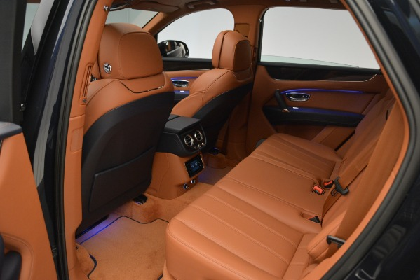 New 2019 Bentley Bentayga V8 for sale Sold at Alfa Romeo of Greenwich in Greenwich CT 06830 21