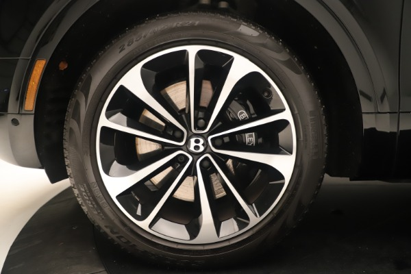 Used 2018 Bentley Bentayga W12 Signature for sale Sold at Alfa Romeo of Greenwich in Greenwich CT 06830 15