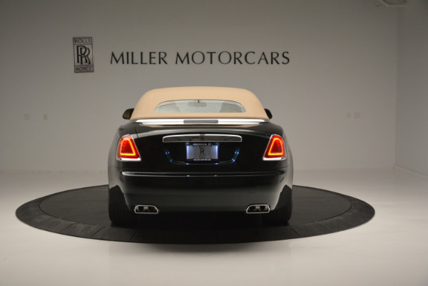 Used 2018 Rolls-Royce Dawn for sale Sold at Alfa Romeo of Greenwich in Greenwich CT 06830 13
