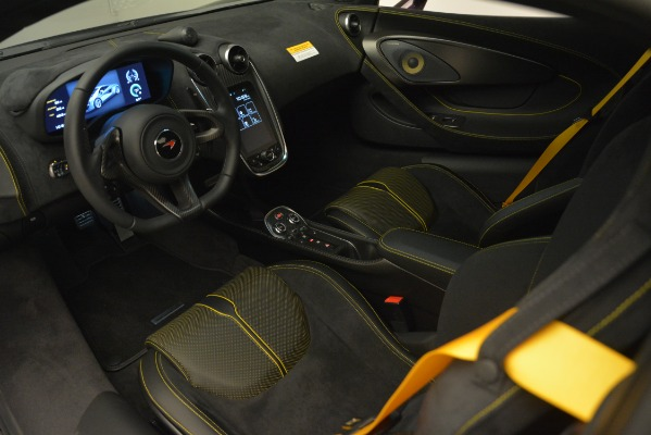 Used 2018 McLaren 570S for sale Sold at Alfa Romeo of Greenwich in Greenwich CT 06830 15