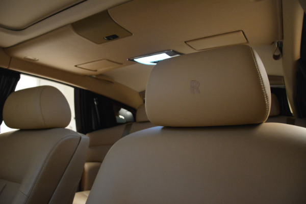 Used 2013 Rolls-Royce Phantom for sale Sold at Alfa Romeo of Greenwich in Greenwich CT 06830 17