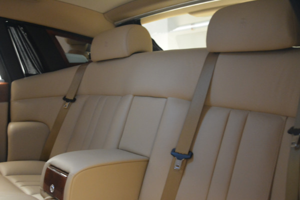 Used 2013 Rolls-Royce Phantom for sale Sold at Alfa Romeo of Greenwich in Greenwich CT 06830 20