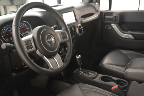 Used 2016 Jeep Wrangler Unlimited Rubicon for sale Sold at Alfa Romeo of Greenwich in Greenwich CT 06830 13