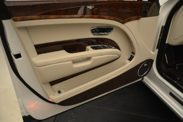 Used 2013 Bentley Mulsanne for sale Sold at Alfa Romeo of Greenwich in Greenwich CT 06830 13