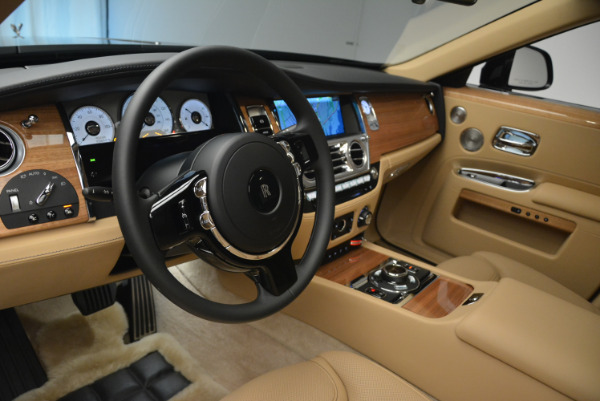 Used 2018 Rolls-Royce Ghost for sale Sold at Alfa Romeo of Greenwich in Greenwich CT 06830 17