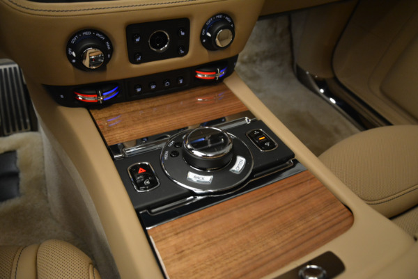 Used 2018 Rolls-Royce Ghost for sale Sold at Alfa Romeo of Greenwich in Greenwich CT 06830 19