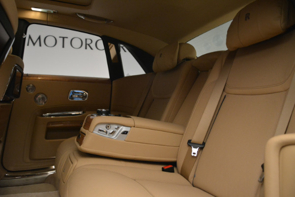 Used 2018 Rolls-Royce Ghost for sale Sold at Alfa Romeo of Greenwich in Greenwich CT 06830 22