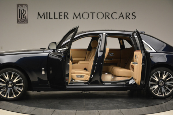 Used 2018 Rolls-Royce Ghost for sale Sold at Alfa Romeo of Greenwich in Greenwich CT 06830 5