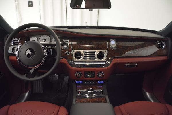 Used 2016 Rolls-Royce Ghost for sale $176,900 at Alfa Romeo of Greenwich in Greenwich CT 06830 17