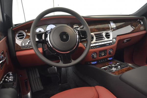 Used 2016 Rolls-Royce Ghost for sale $176,900 at Alfa Romeo of Greenwich in Greenwich CT 06830 18