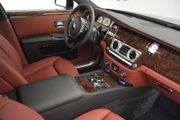 Used 2016 Rolls-Royce Ghost for sale $176,900 at Alfa Romeo of Greenwich in Greenwich CT 06830 23