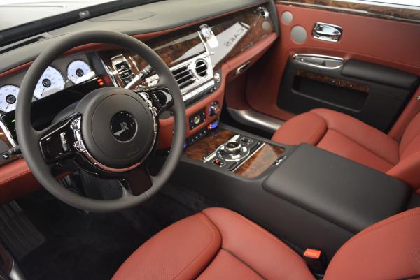 Used 2016 Rolls-Royce Ghost for sale $176,900 at Alfa Romeo of Greenwich in Greenwich CT 06830 24