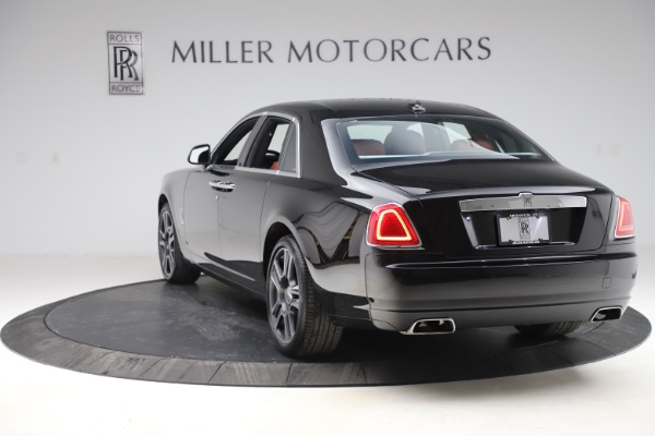 Used 2016 Rolls-Royce Ghost for sale $176,900 at Alfa Romeo of Greenwich in Greenwich CT 06830 6