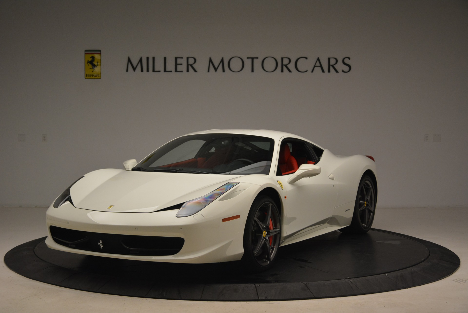 Used 2014 Ferrari 458 Italia for sale Sold at Alfa Romeo of Greenwich in Greenwich CT 06830 1