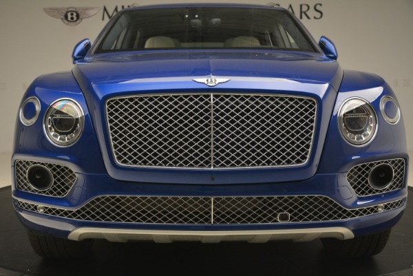 Used 2018 Bentley Bentayga W12 Signature for sale Sold at Alfa Romeo of Greenwich in Greenwich CT 06830 13