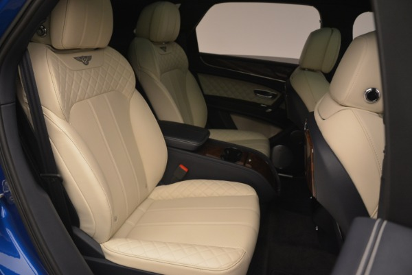 Used 2018 Bentley Bentayga W12 Signature for sale Sold at Alfa Romeo of Greenwich in Greenwich CT 06830 25