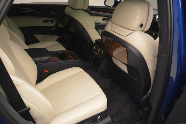 Used 2018 Bentley Bentayga W12 Signature for sale Sold at Alfa Romeo of Greenwich in Greenwich CT 06830 26