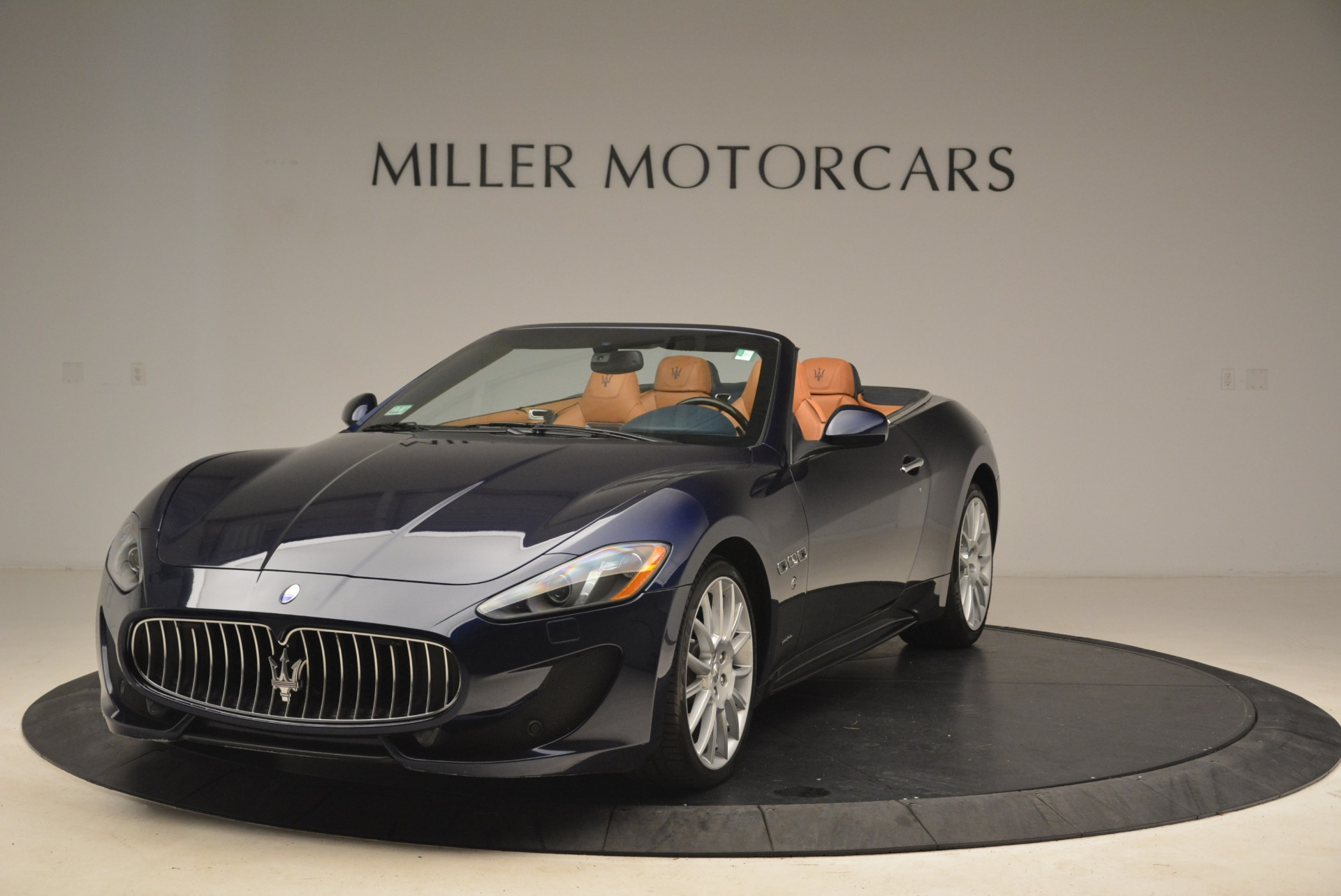 Used 2014 Maserati GranTurismo Sport for sale Sold at Alfa Romeo of Greenwich in Greenwich CT 06830 1