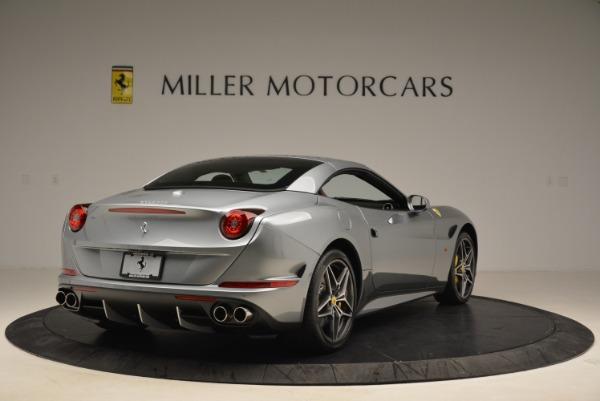 Used 2018 Ferrari California T for sale Sold at Alfa Romeo of Greenwich in Greenwich CT 06830 19