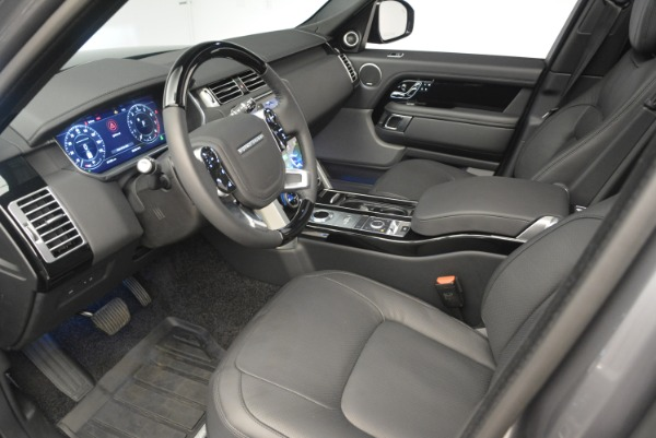 Used 2018 Land Rover Range Rover Supercharged LWB for sale Sold at Alfa Romeo of Greenwich in Greenwich CT 06830 17