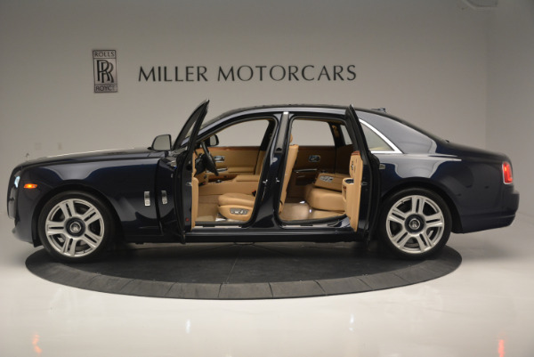 Used 2015 Rolls-Royce Ghost for sale Sold at Alfa Romeo of Greenwich in Greenwich CT 06830 16