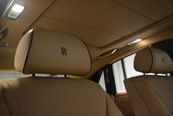 Used 2015 Rolls-Royce Ghost for sale Sold at Alfa Romeo of Greenwich in Greenwich CT 06830 25