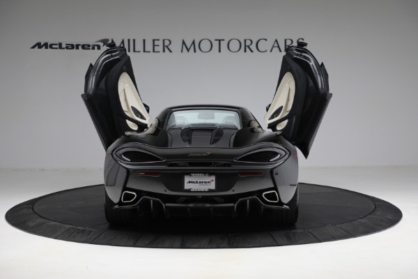 New 2018 McLaren 570S Spider for sale Sold at Alfa Romeo of Greenwich in Greenwich CT 06830 25