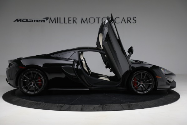 New 2018 McLaren 570S Spider for sale Sold at Alfa Romeo of Greenwich in Greenwich CT 06830 27