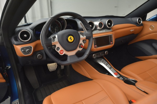 Used 2017 Ferrari California T Handling Speciale for sale Sold at Alfa Romeo of Greenwich in Greenwich CT 06830 25
