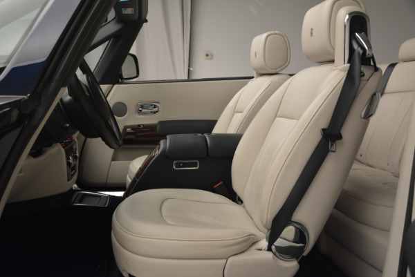 Used 2014 Rolls-Royce Phantom Drophead Coupe for sale Sold at Alfa Romeo of Greenwich in Greenwich CT 06830 19