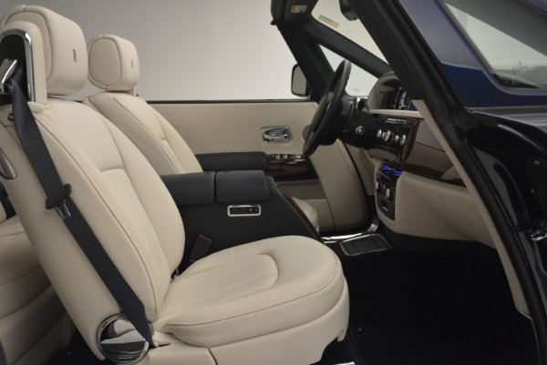 Used 2014 Rolls-Royce Phantom Drophead Coupe for sale Sold at Alfa Romeo of Greenwich in Greenwich CT 06830 23