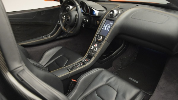 Used 2015 McLaren 650S Spider Convertible for sale Sold at Alfa Romeo of Greenwich in Greenwich CT 06830 24