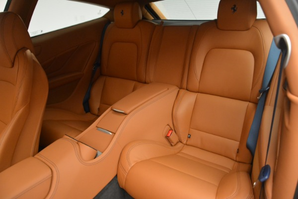 Used 2015 Ferrari FF for sale Sold at Alfa Romeo of Greenwich in Greenwich CT 06830 17