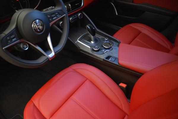 New 2018 Alfa Romeo Giulia Q4 for sale Sold at Alfa Romeo of Greenwich in Greenwich CT 06830 20