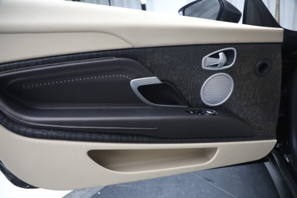 New 2019 Aston Martin DB11 V8 Convertible for sale Sold at Alfa Romeo of Greenwich in Greenwich CT 06830 21