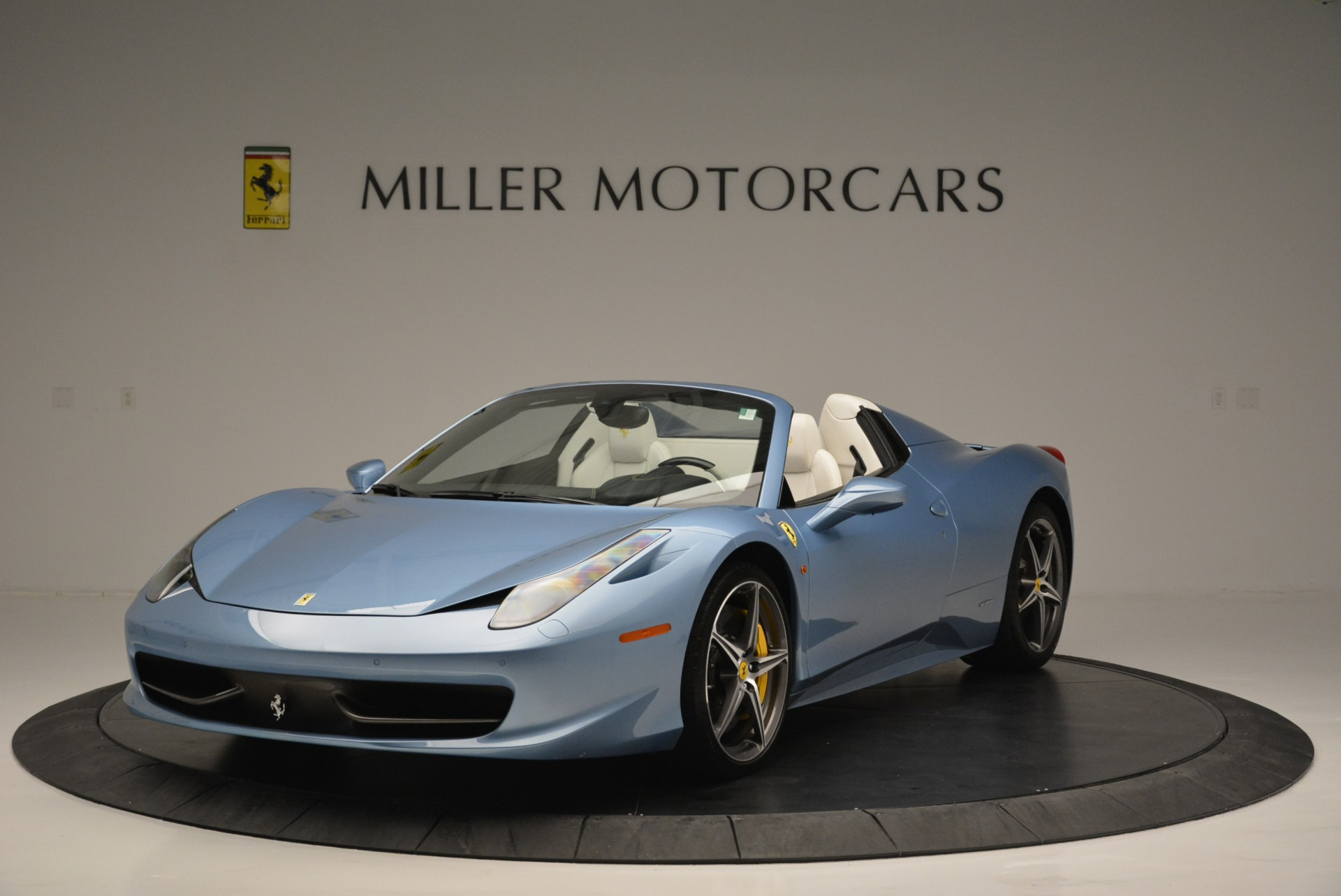 Used 2012 Ferrari 458 Spider for sale Sold at Alfa Romeo of Greenwich in Greenwich CT 06830 1