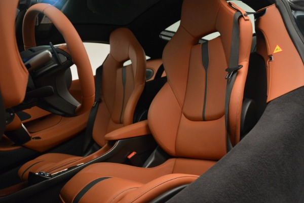 New 2018 McLaren 570GT Coupe for sale Sold at Alfa Romeo of Greenwich in Greenwich CT 06830 18