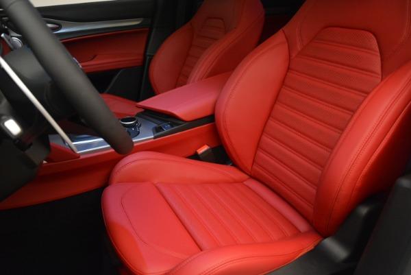 Used 2018 Alfa Romeo Stelvio Ti Sport Q4 for sale Sold at Alfa Romeo of Greenwich in Greenwich CT 06830 14