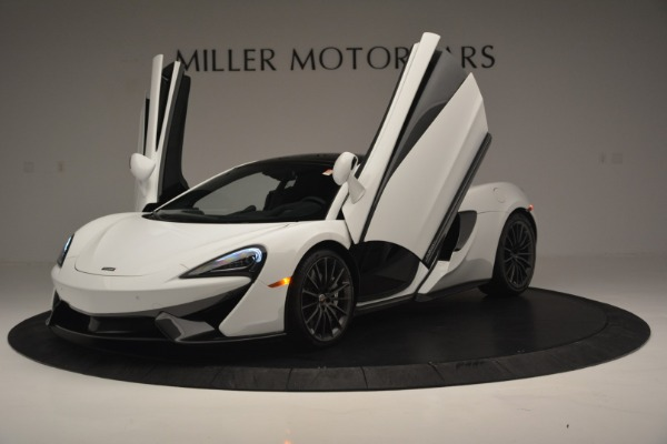 Used 2018 McLaren 570GT for sale Sold at Alfa Romeo of Greenwich in Greenwich CT 06830 14