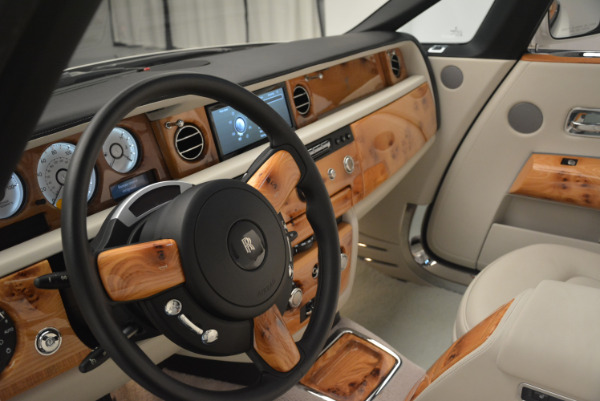 Used 2013 Rolls-Royce Phantom Drophead Coupe for sale Sold at Alfa Romeo of Greenwich in Greenwich CT 06830 21