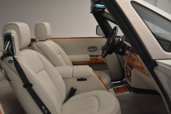 Used 2013 Rolls-Royce Phantom Drophead Coupe for sale Sold at Alfa Romeo of Greenwich in Greenwich CT 06830 27
