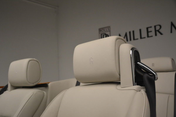 Used 2013 Rolls-Royce Phantom Drophead Coupe for sale Sold at Alfa Romeo of Greenwich in Greenwich CT 06830 28