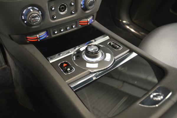 Used 2012 Rolls-Royce Ghost for sale Sold at Alfa Romeo of Greenwich in Greenwich CT 06830 16