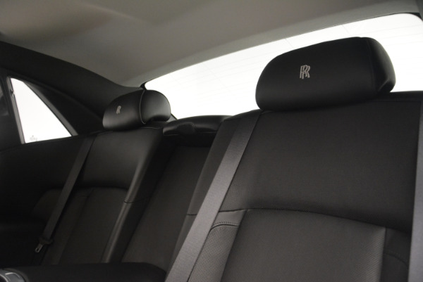 Used 2012 Rolls-Royce Ghost for sale Sold at Alfa Romeo of Greenwich in Greenwich CT 06830 18