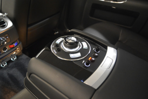 Used 2012 Rolls-Royce Ghost for sale Sold at Alfa Romeo of Greenwich in Greenwich CT 06830 20